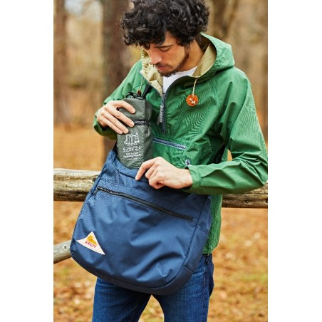 Ultralight Design: As Easy to Carry Around as a Single Bottled Drink Same as PET Water-bottled weight. 500-600ml/pair