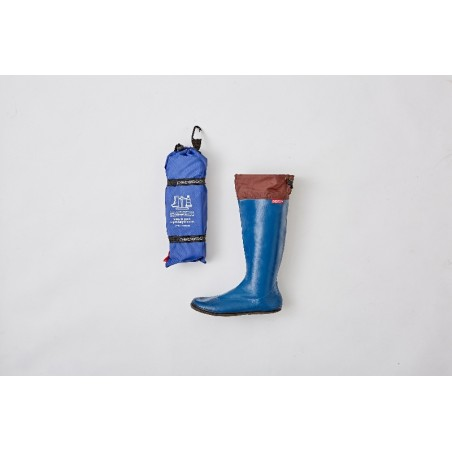 Light and airy boots with a sole that has excellent elasticity, waterproof effect and excellent grip.